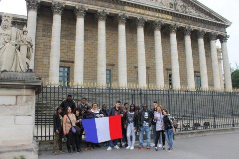 Les jeunes à la découverte des lieux de pouvoir et de Paris!